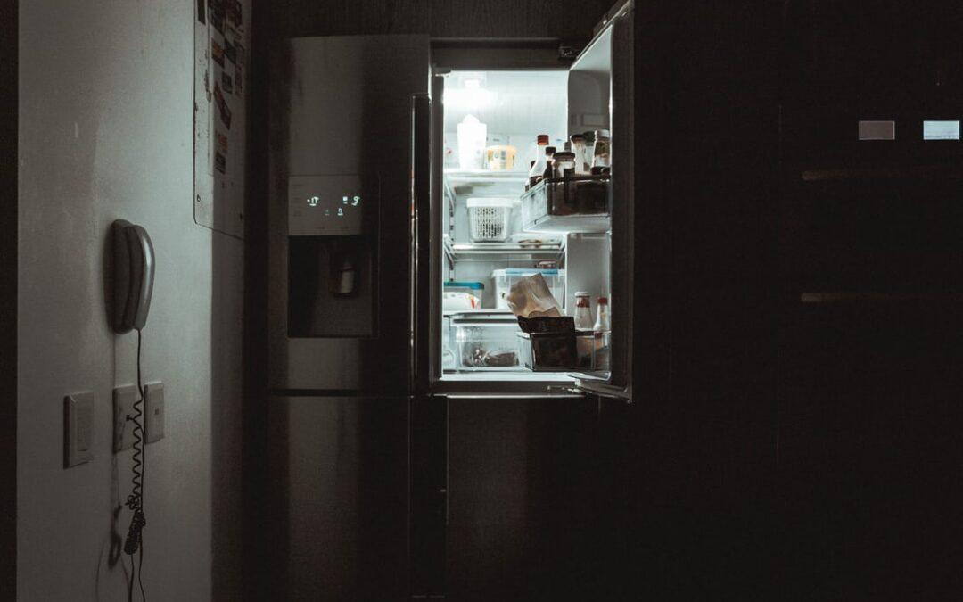 Nocne podjadanie. Jak temu zaradzić?
