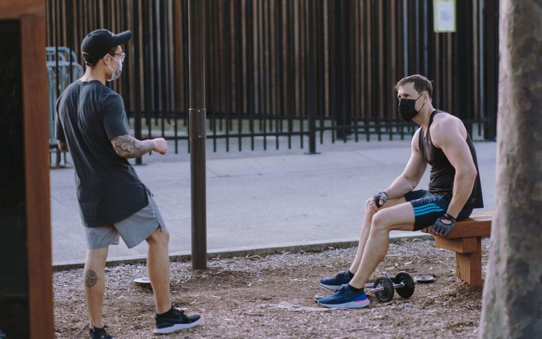 Nakaz używania maseczek a bieganie. Czy mogę biegać bez maseczki?