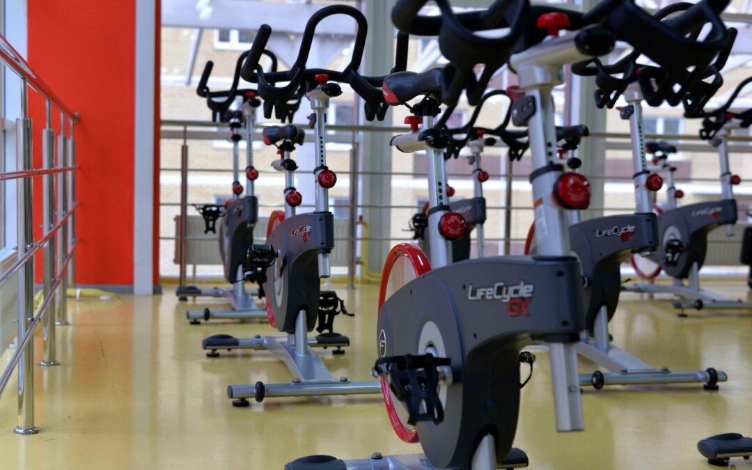 Gdzie ćwiczyć kiedy siłownie są zamknięte?